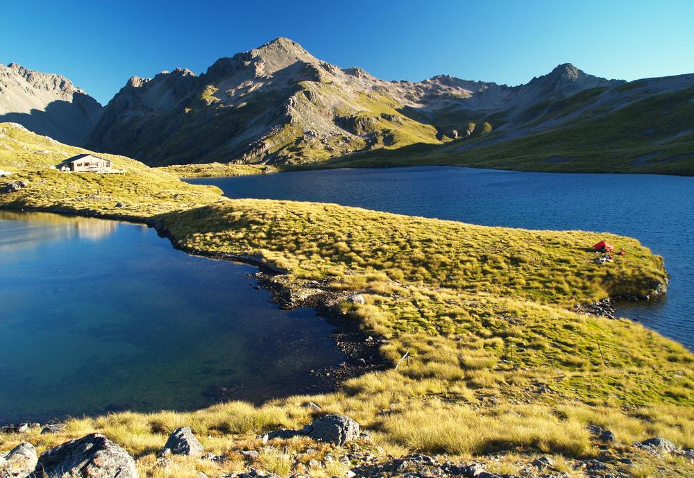 lake-angelus-nelson-lakes-national-park-new-zealand